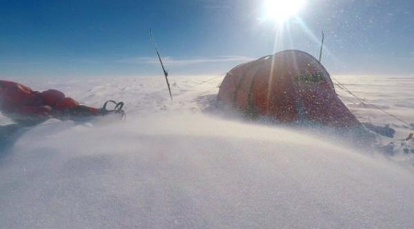 antarctic tent snow
